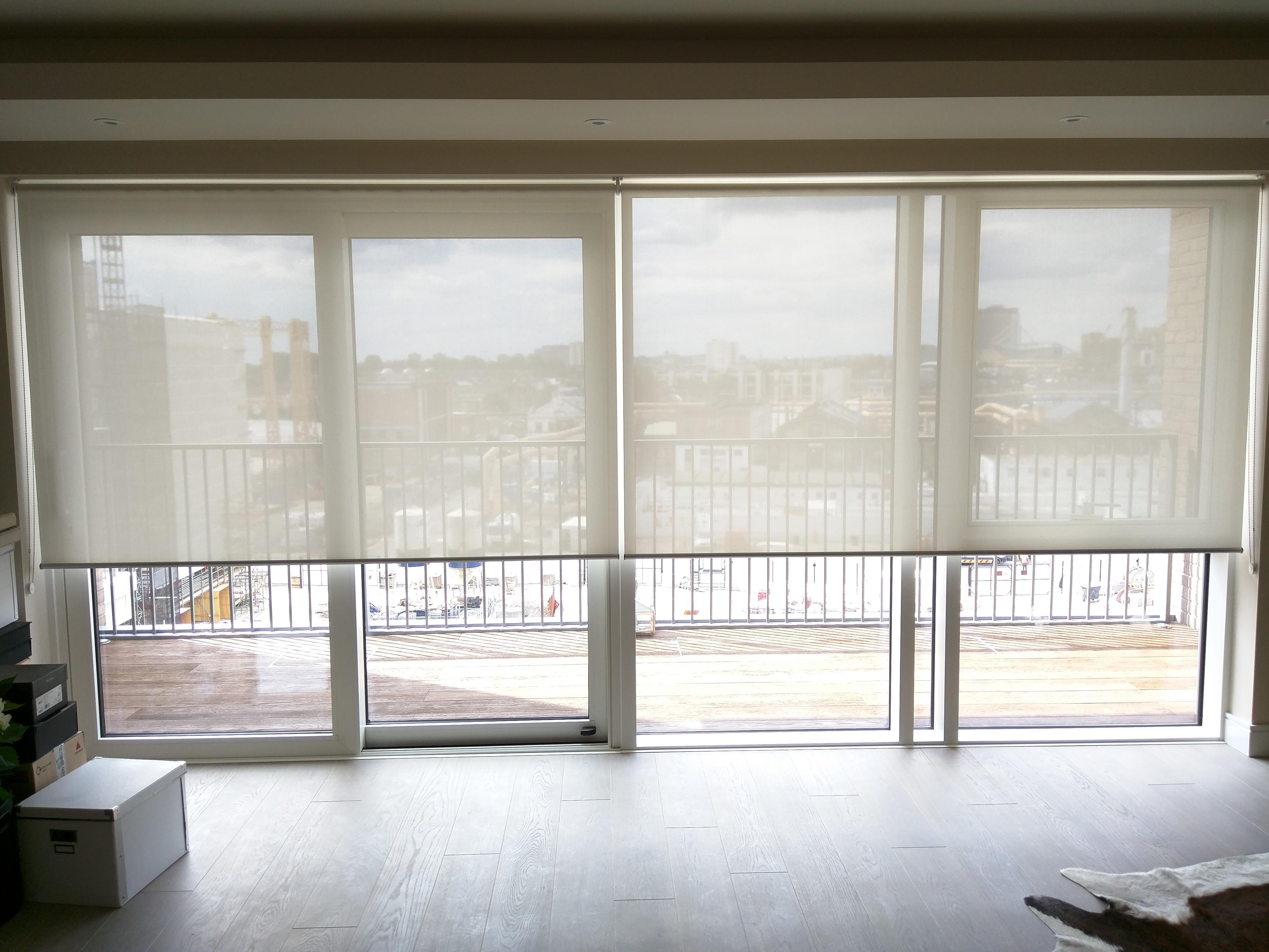 Suns screen roller blinds